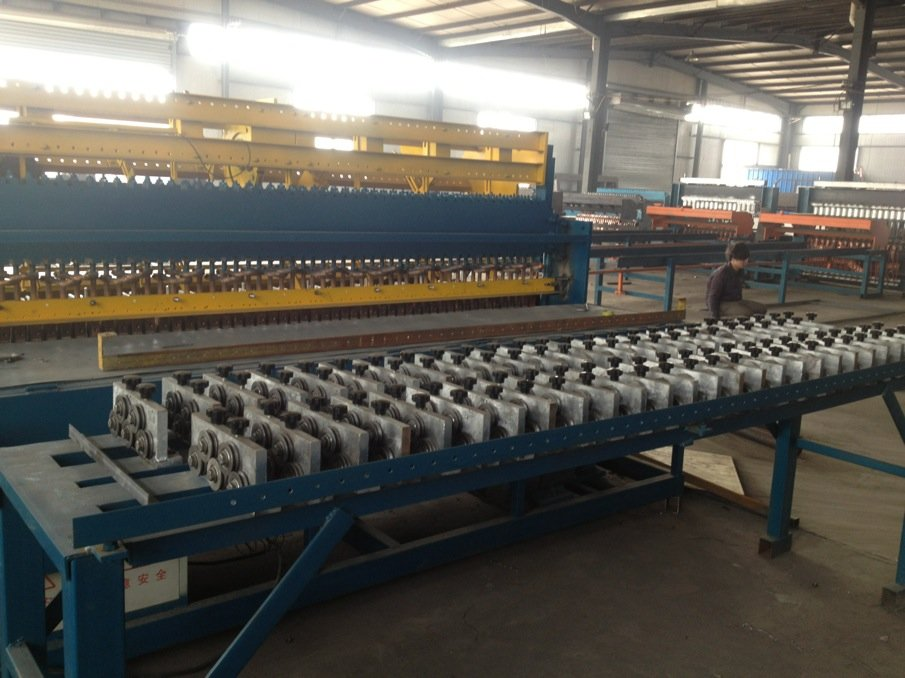 Welded Wire Panel Making Machine Made in China